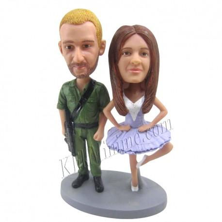 Patung Romance Couple 8