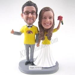 Patung Romance Couple Yellow Fever 2
