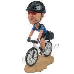 Patung Rider Bicycle 1
